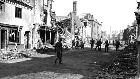 Oak Street bomb damage. April 27, 1942. Photo from Archant Library.