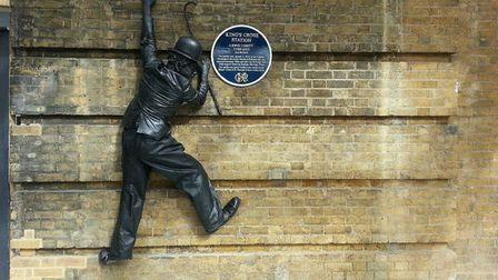 Antony Arnold as Charlie Chaplin's Living Statue at King's Cross Station in London. Picture: Submitt
