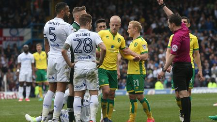 Steven Naismith was red carded for a late challenge on Ronaldo Vieira. Picture: Paul Chesterton/Focu