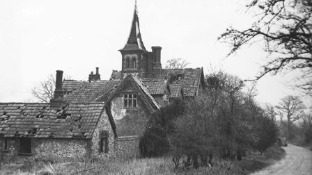 A derelict house of unusual design near Stanford. Date: unknown. Photo from Archant Library.