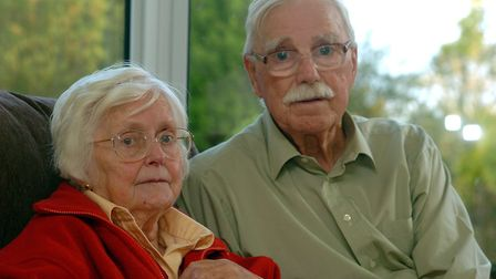 Alan Robinson with his wife Jean their home in 2004. Photo: Bill Smith