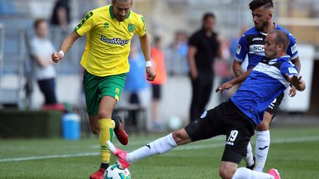 Manuel Prietl of Arminia Bielefeld and Mario Vrancic of Norwich in action during the Pre-season Frie