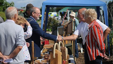 Mayor Adrian Willington congratulates Allan Rowe, who won best allotment with partner Angie Stray. P