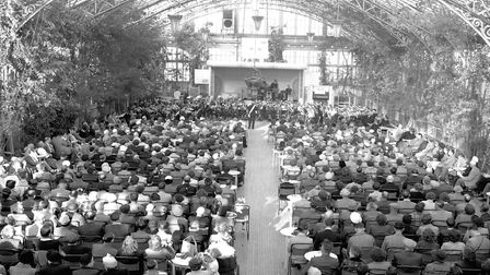 GREAT YARMOUTH WINTER GARDENS AUDIENCE LISTENING TO A BAND (salvation army?) NO DATE PLATE P5350