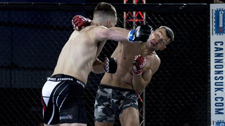 Julien Bouteix, right, lands the fight-ending right hand on Richard Mearns at Contenders 20. Picture