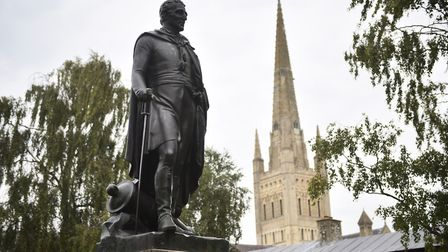 Photo essay. Norwich statues. The statue of the Duke of Wellington at Upper Close, Norwich Cathedral