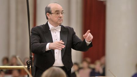 Vladimir Altschuler will be conducting the St Petersburg Symphony Orchestra at the opening concert.