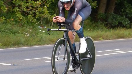 Jason Bouttell (VeloVelocity) on his way to a record 19:10 in the Norwich ABC 10. Picture: Fergus Mu