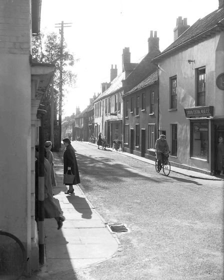 PLACES WELLS HIGH STREET DATED 1ST NOVEMBER 1957 PLATE P6024 FOA Oct 2016
