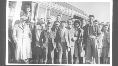 C10886 Mann Egerton Works Outing, Sept 21st, 1946 Ok for Photosales Use