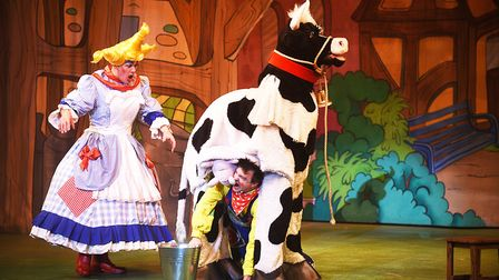 Ian Marr (Dame Trott) once again is the Dame at the pantomime Jack and the Beanstalk at the Alive Co