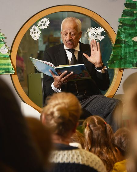 Actor Derek Griffiths reading a story in the Norfolk and Norwich Children's Library at The Forum.Pic
