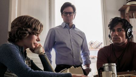Michelle Williams as Abigail Getty and Mark Wahlberg at Fletcher Chace in All The Money In The World