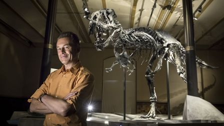 Chris Packham with the Tristan T. Rex specimen in the Natural History Museum in Berlin (C) Talesmith