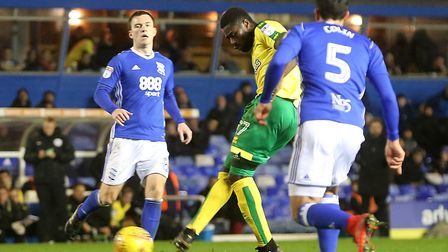Alexander Tettey of Norwich has a shot on goal during the Sky Bet Championship match at St Andrews,
