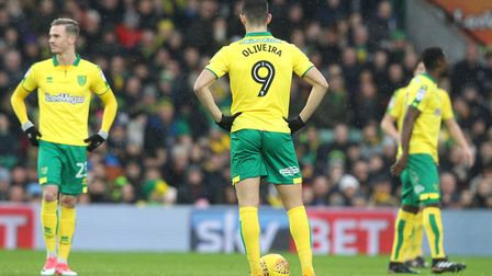 Norwich City's players look dejected after conceding their sides first goal to Sheffield United at C