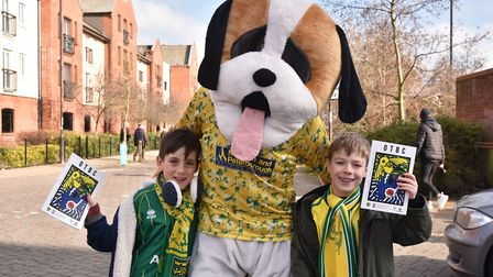 Fans ahead of the NCFC v Ipswich Derby Oliver Ward and Isaac ReeveByline: Sonya DuncanCopyright: Arc