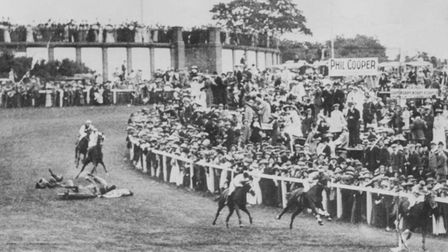 Picture of suffragette Emily Wilding Davison throwing herself under the King George V's horse Anmer
