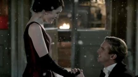 Matthew gets his knees wet but also gets the girl in Downton Abbey (C) ITV