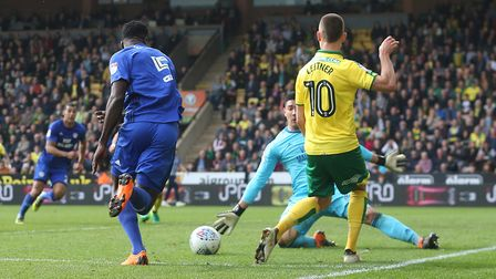 Moritz Leitner cuts the ball back for Dennis Srbeny at Carrow Road. Picture: Paul Chesterton/Focus I