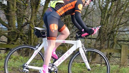 Novice winner Nicole Beck (Epic Orange) sets out on her ride at the Ladies' Good Friday Ten in the W
