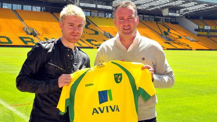 Steven Smith with manager Paul Lambert for the obligatory signing photo Picture: Adrian Judd