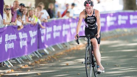 Sophie Alden in action in the Accenture Mixed Relay Cup in 2017 Picture: British Triathlon/David Pea