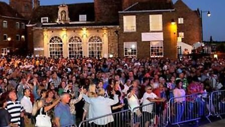 The crowds at Festival Too. Picture: K.Elfleet and Festival Too