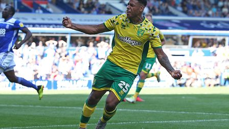 Onel Hernandez of Norwich celebrates scoring his sides 2nd goal during the Sky Bet Championship matc