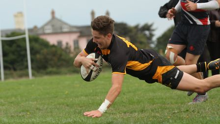 Josh Wallis touches down for Southwold during their fine home win over Stowmarket Picture: LINDA CAY