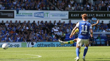 Moritz Leitner of Norwich scores his sides 1st goal during the Sky Bet Championship match at Portman