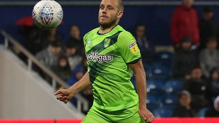 Teemu Pukki of Norwich scores his side's first goal during the Sky Bet Championship match at the Lof