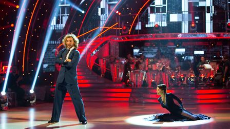 Seann Walsh gave it some real beans in a Tango to Justin Timberlake's SexyBack - but a below-average