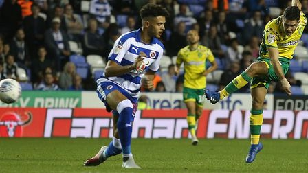 Emi Buendia tries his luck in the midweek 2-1 Championship win at Reading Picture: Paul Chesterton/F