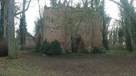Historic England has expressed concern about the potential impact to the remains of Drayton Old Lodg