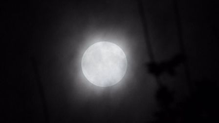 The Hunter's Moon photographed by Adrian B (adrianb50321)