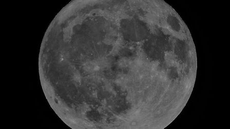 The Hunter's Moon photographed by Dave Stapleton