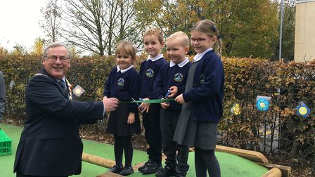 Nick Daubney, mayor of King's Lynn and West Norfolk, opens the new outside classroom at West Lynn Pr