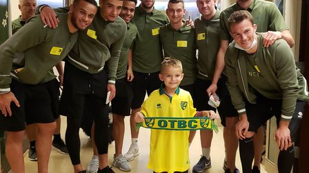 Norwich City players visited Florida Hospital Tampa to hand out some free Canaries shirts to local y
