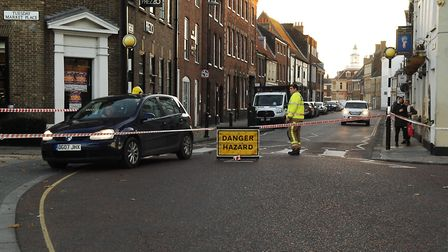 Part of King's Lynn town centre was closed off by police and firefighters after an unknown white pow