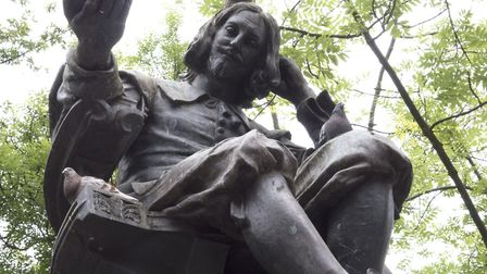 Thomas Browne statue, in the Haymarket, Norwich. Photo: Talking Statues