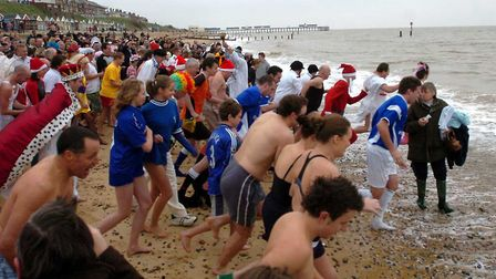 EADT-newsPic Simon ParkerHardy souls take part in the christmas charity swim at SouthwoldEADT 26 12