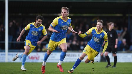 Former Norwich City and King's Lynn Town defender Cameron Norman has left Oxford United for Walsall