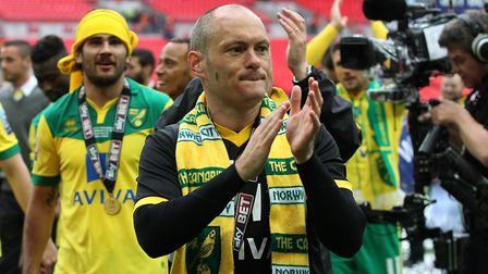 Alex Neil applauds the City fans after the 2015 play-off final. Picture: Paul Chesterton/Focus Image
