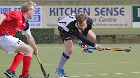 Simon Hipwell scored the important first goal as Harleston Magpies made it six wins on the trot by b