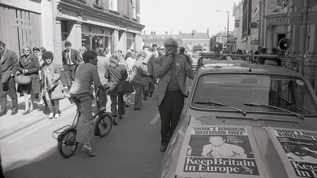ECC Referendum campaigning in King's Lynn, 28 May 1975. Photo: Archant Library