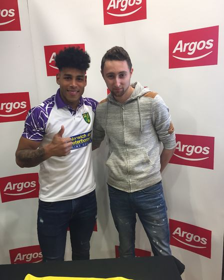 Ryan Spalding, 22, from Hellesdon with Onel Hernández at the Norwich Riverside Argos store. Picture: