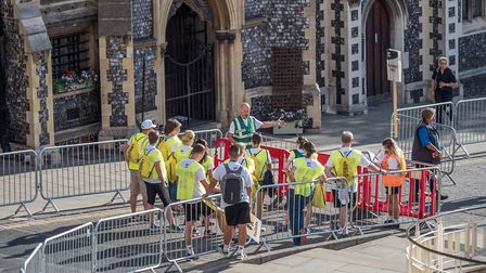 Richard Polley speaks to marshals ahead of Run Norwich. Picture: Epic Action Imagery