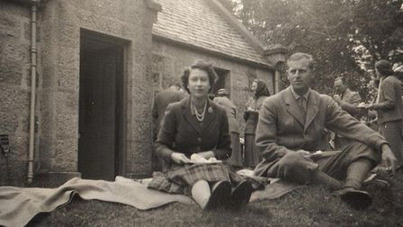 Unseen photos of the Royal family. Queen Elizabeth and Prince Philip having a picnic. Photo: Deep So