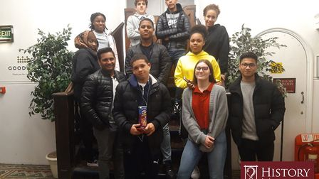11 boarders from Langley School had a blast solving puzzles at #EscapeRooms History Mystery Game. Ph